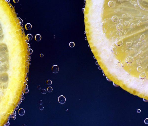 Fruchtsäure-Peeling: Frische-Kick für Ihre Haut